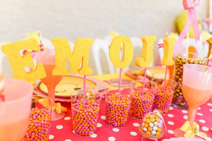 Glitter letter sign centerpiece from a Pink & Gold Emoji Birthday Party on Kara's Party Ideas | KarasPartyIdeas.com (20)