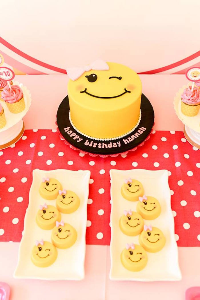 Emoji cake and Oreos from a Pink & Gold Emoji Birthday Party on Kara's Party Ideas | KarasPartyIdeas.com (9)