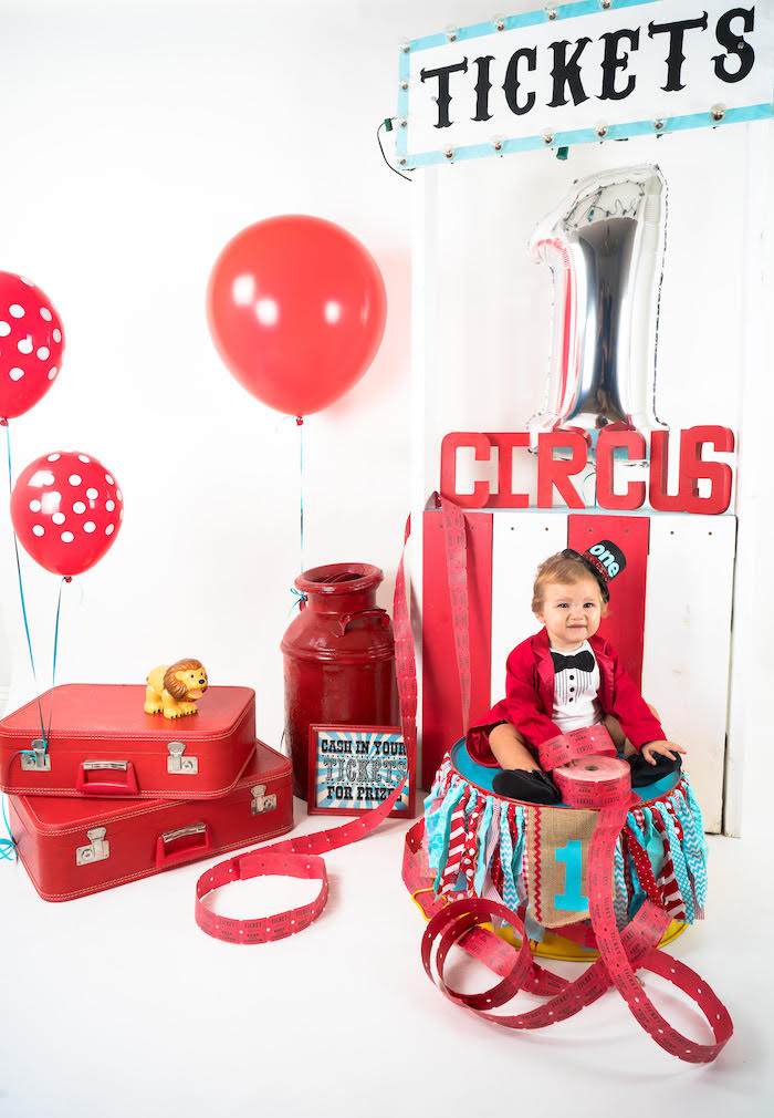 Circus Photo Shoot from a Circus Birthday Party on Kara's Party Ideas | KarasPartyIdeas.com (1)