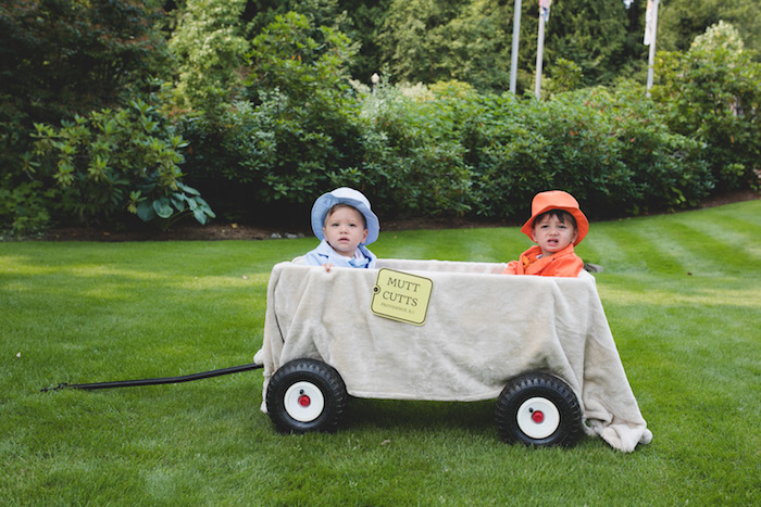 "Mutt Cutts Wagon from a ""Dumb & Dumber"" Inspired ""Cute & Cuter"" Twins Birthday Party on Kara's Party Ideas 