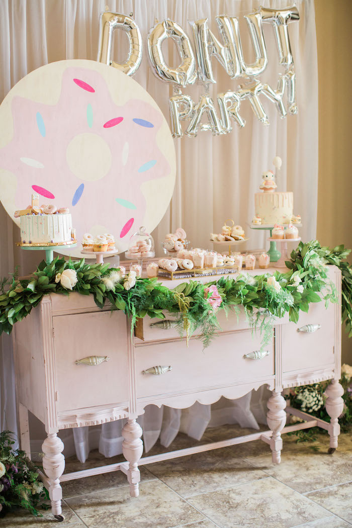 Kara S Party Ideas Hello Kitty Inspired Donut Party Kara