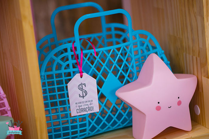 Basket bags from a Little Shop Birthday Party on Kara's Party Ideas | KarasPartyIdeas.com (20)