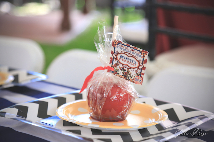 Candied apple place setting from a Mickey Mouse Inspired Vintage Circus Party on Kara's Party Ideas | KarasPartyIdeas.com (11)