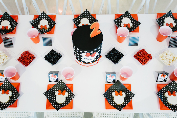 Guest tabletop from a Minnie Mouse Birthday Party on Kara's Party Ideas | KarasPartyIdeas.com (5)