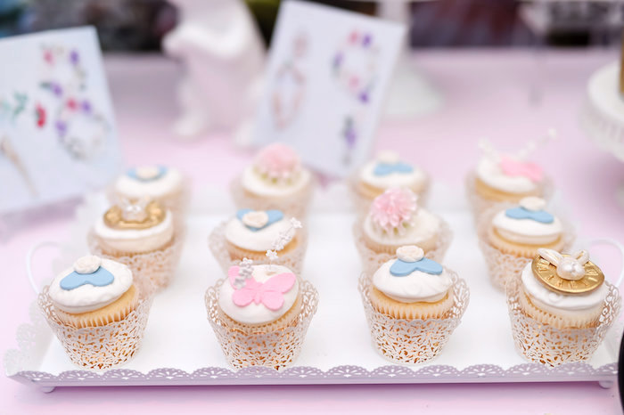 Alice in Wonderland Cupcakes from a Modern Alice in Wonderland Birthday Party on Kara's Party Ideas | KarasPartyIdeas.com (19)