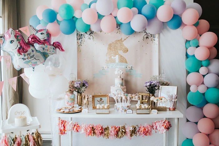 Kara S Party Ideas Unicorns Rainbows And Clouds Birthday