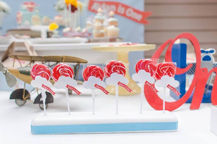 Cloud lollipops from a Vintage Hot Air Balloon Birthday Party on Kara's Party Ideas | KarasPartyIdeas.com (6)