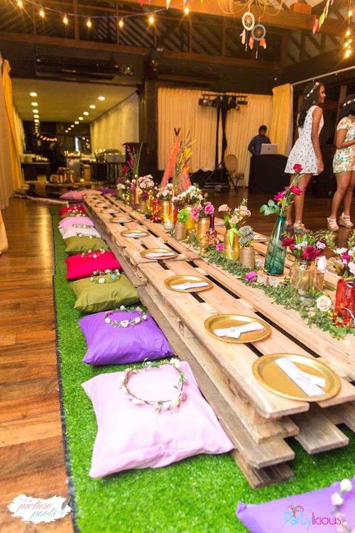 Wood Pallet Guest Table From A Bohemian Coachella Birthday Party On Karas Ideas