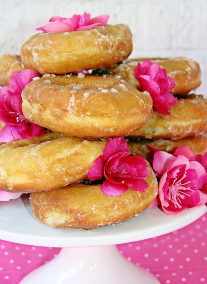 Pink flowers and doughnuts from a Fashion Show Birthday Party on Kara's Party Ideas | KarasPartyIdeas.com (32)