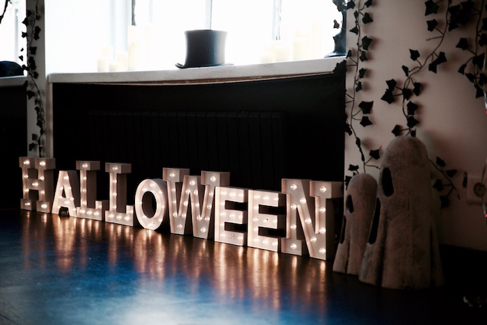 Halloween marquee letter lights from a Halloween Haunted Garden on Kara's Party Ideas | KarasPartyIdeas.com (19)