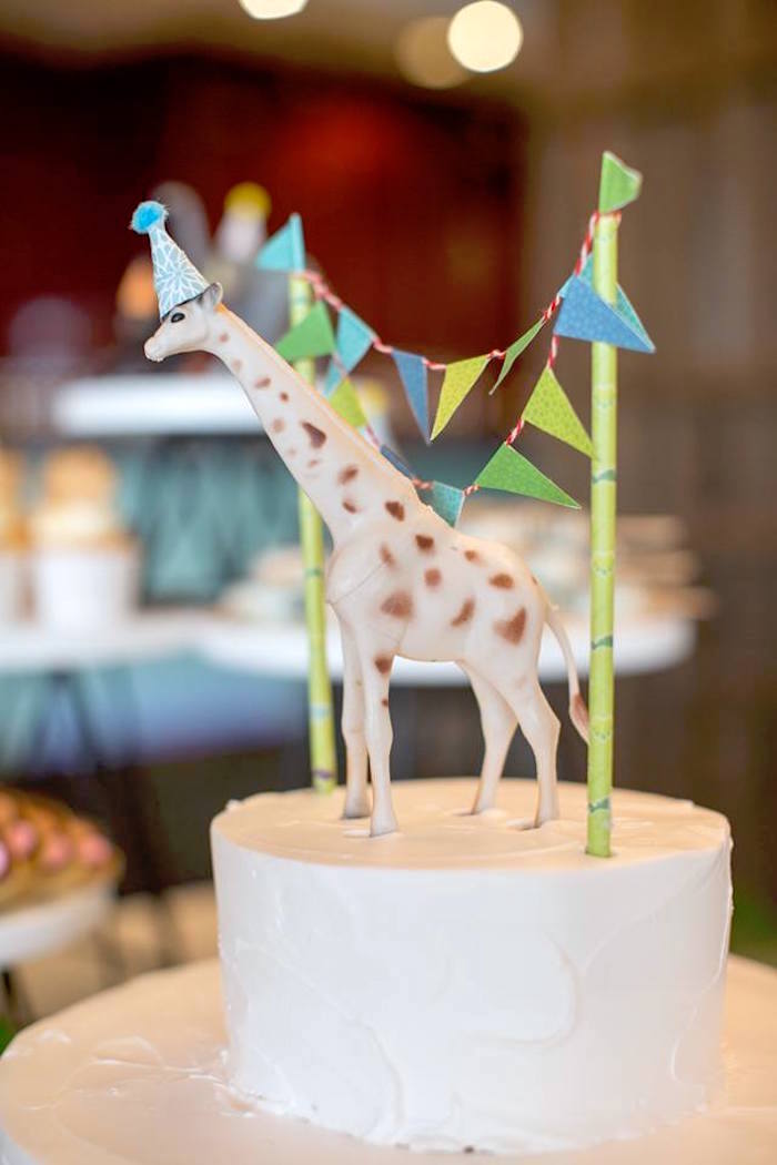 Giraffe cake topper from a Minimalist Safari Birthday Party on Kara's Party Ideas | KarasPartyIdeas.com (15)