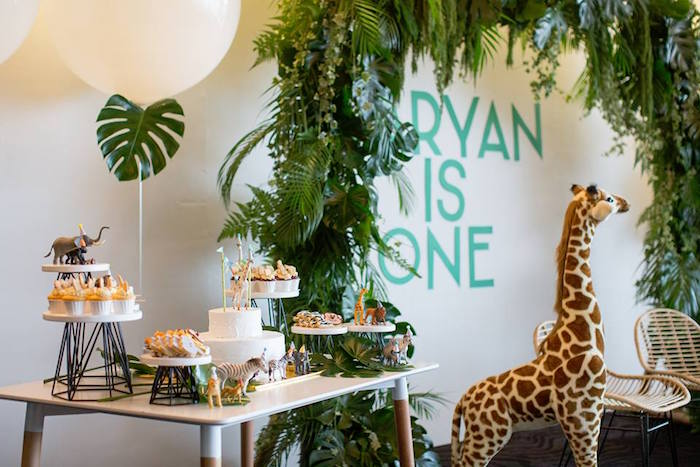 Kara S Party Ideas Minimalist Safari Birthday Party Kara