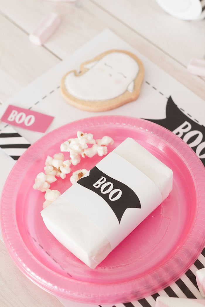 "Place setting from a Pink & Black ""Boo!"" Halloween Party on Kara's Party Ideas 