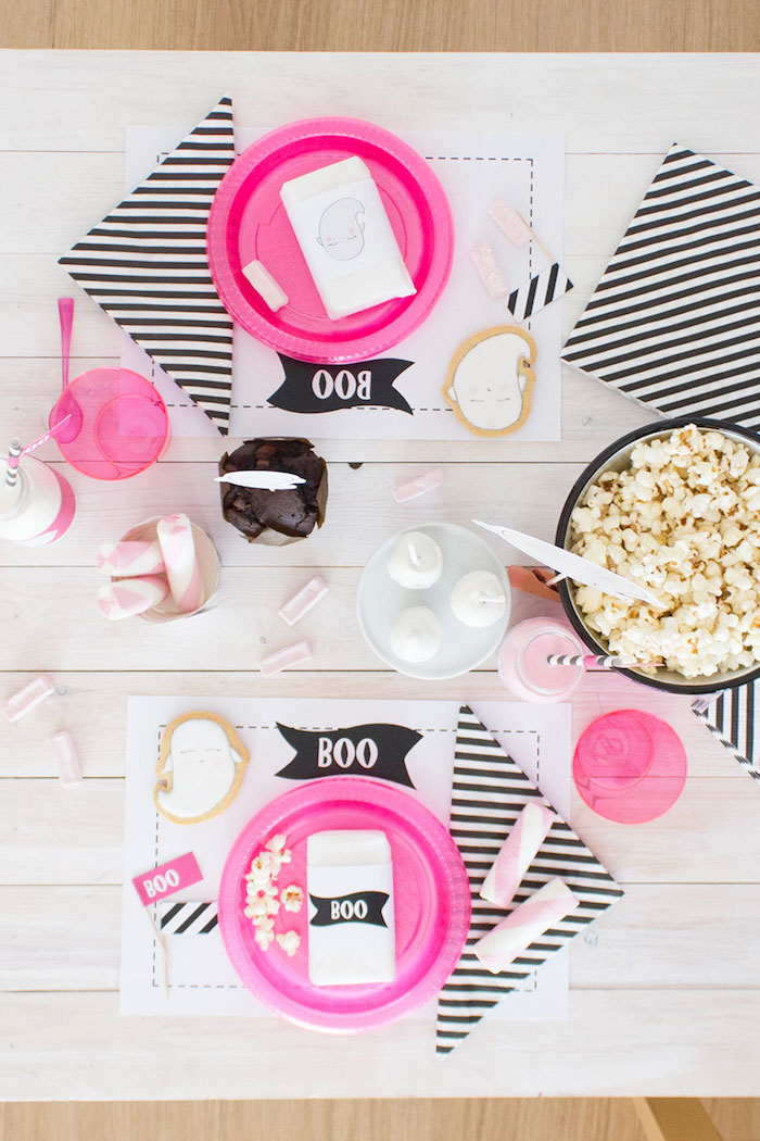 """Ghost guest tabletop from a Pink & Black """"Boo!"""" Halloween Party on Kara's Party Ideas 