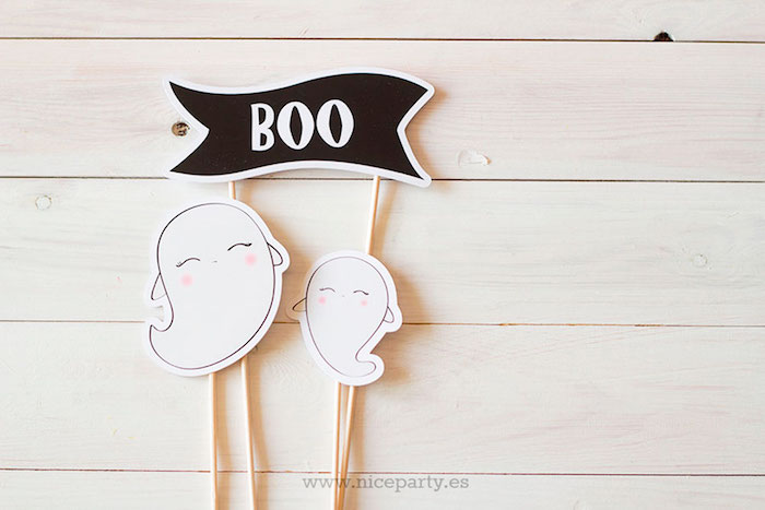 """Ghost cake toppers from a Pink & Black """"Boo!"""" Halloween Party on Kara's Party Ideas 