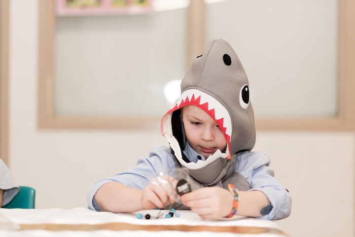 Sharks vs. Mermaids Under the Sea Party on Kara's Party Ideas | KarasPartyIdeas.com (16)