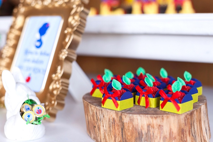 Berry candy boxes from a Snow White Birthday Party on Kara's Party Ideas | KarasPartyIdeas.com (18)