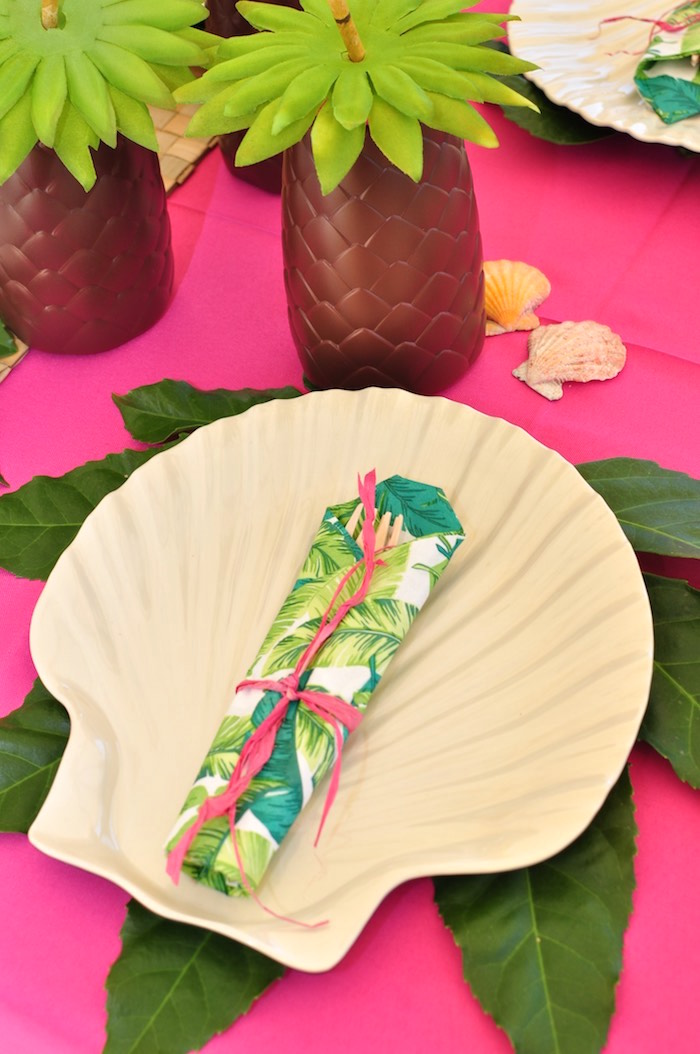 Shell plate place setting from a Tiki Hut Luau Party on Kara's Party Ideas | KarasPartyIdeas.com (22)