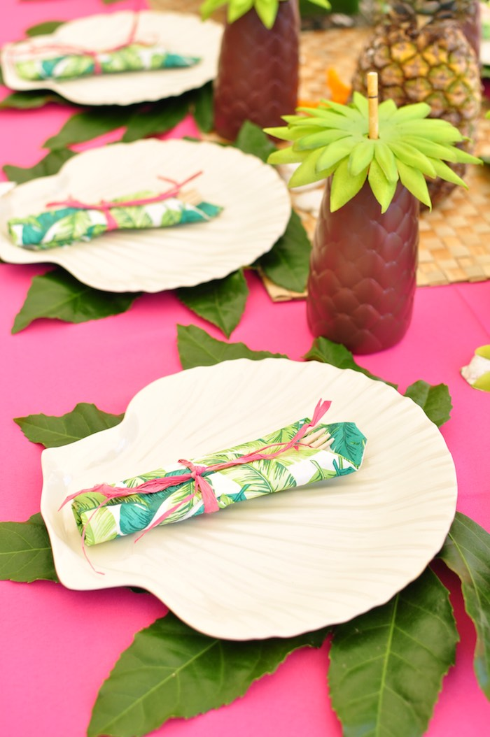 Tropical place setting from a Tiki Hut Luau Party on Kara's Party Ideas | KarasPartyIdeas.com (29)