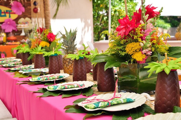 Guest tablescape from a Tiki Hut Luau Party on Kara's Party Ideas | KarasPartyIdeas.com (23)