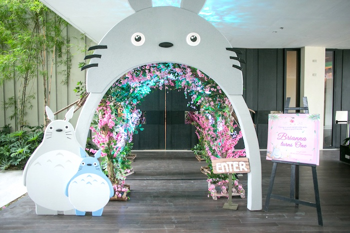 Totoro Arch from a Totoro's Forest Birthday Party on Kara's Party Ideas | KarasPartyIdeas.com (10)