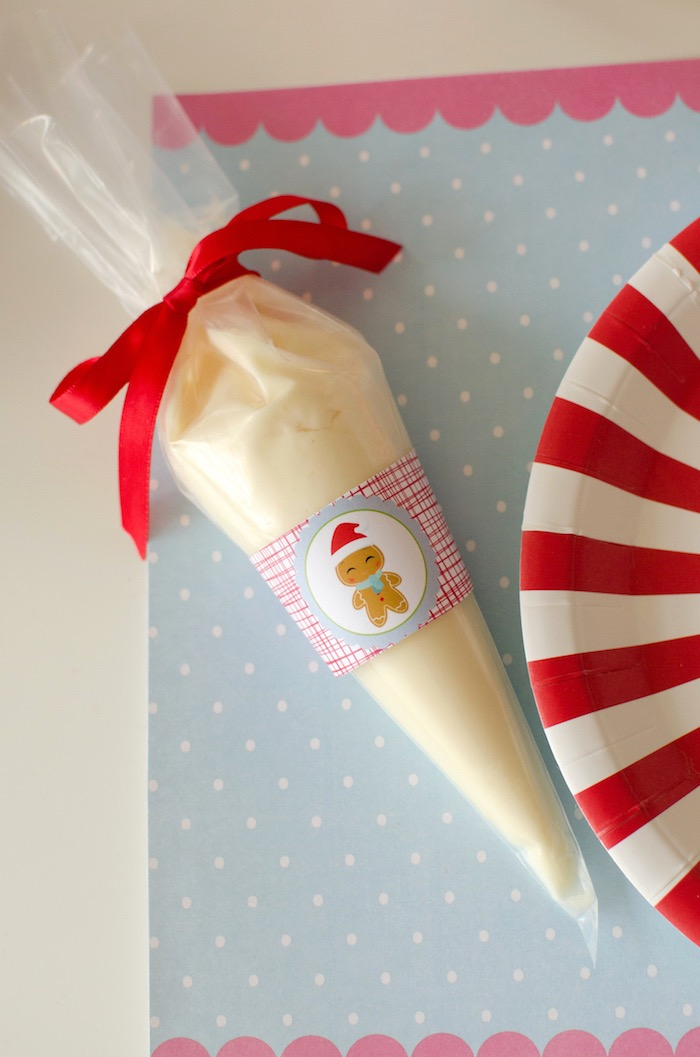 """Icing bag from a """"Cookies for Santa"""" Christmas Party on Kara's Party Ideas 