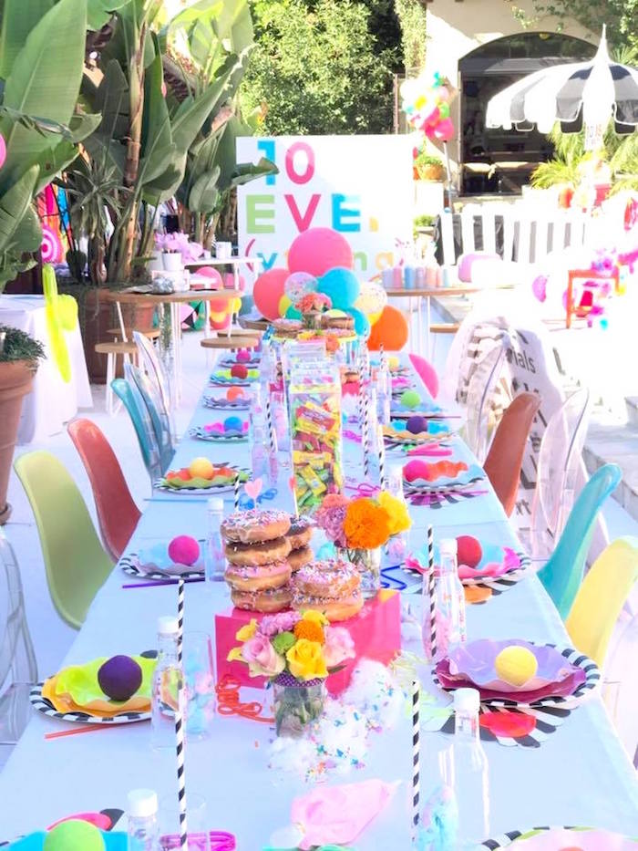 Guest tablescape from a Colorful Modern 10th Birthday Party on Kara's Party Ideas | KarasPartyIdeas.com