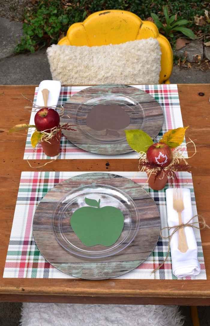 Place settings from a Fall Tailgate Party on Kara's Party Ideas | KarasPartyIdeas.com (15)