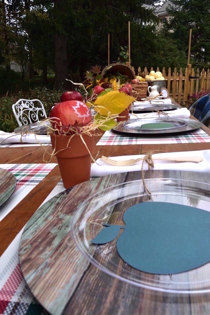 Guest tablescape from a Fall Tailgate Party on Kara's Party Ideas | KarasPartyIdeas.com (8)