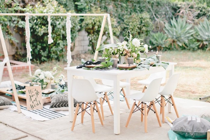 Jungle guest tables from a Jungle 1st Birthday Party on Kara's Party Ideas   KarasPartyIdeas.com (18)