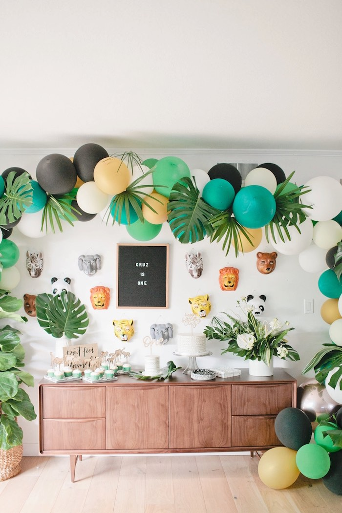 Jungle party table from a Jungle 1st Birthday Party on Kara's Party Ideas | KarasPartyIdeas.com (16)
