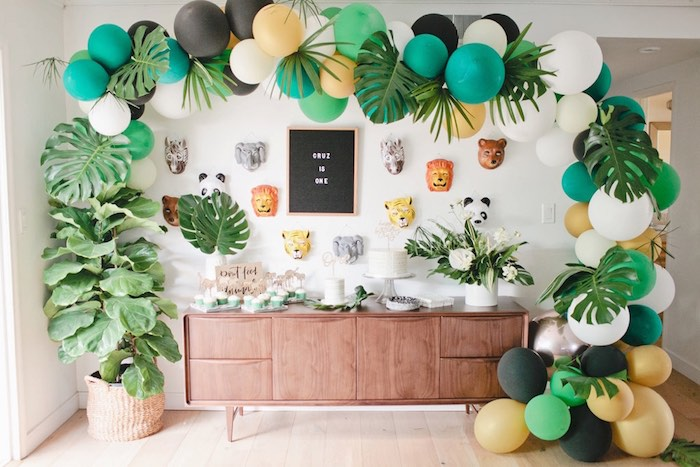 Jungle party table from a Jungle 1st Birthday Party on Kara's Party Ideas | KarasPartyIdeas.com (15)