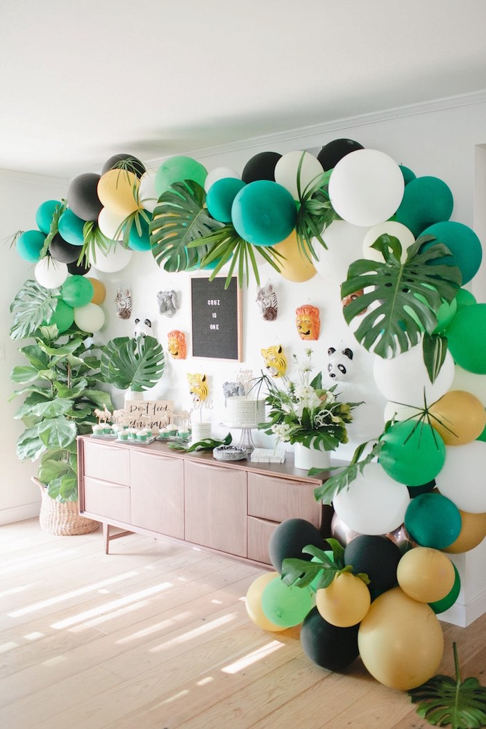 Jungle party table from a Jungle 1st Birthday Party on Kara's Party Ideas | KarasPartyIdeas.com (14)