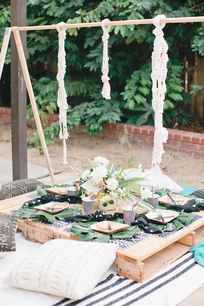 Jungle guest table from a Jungle 1st Birthday Party on Kara's Party Ideas | KarasPartyIdeas.com (50)