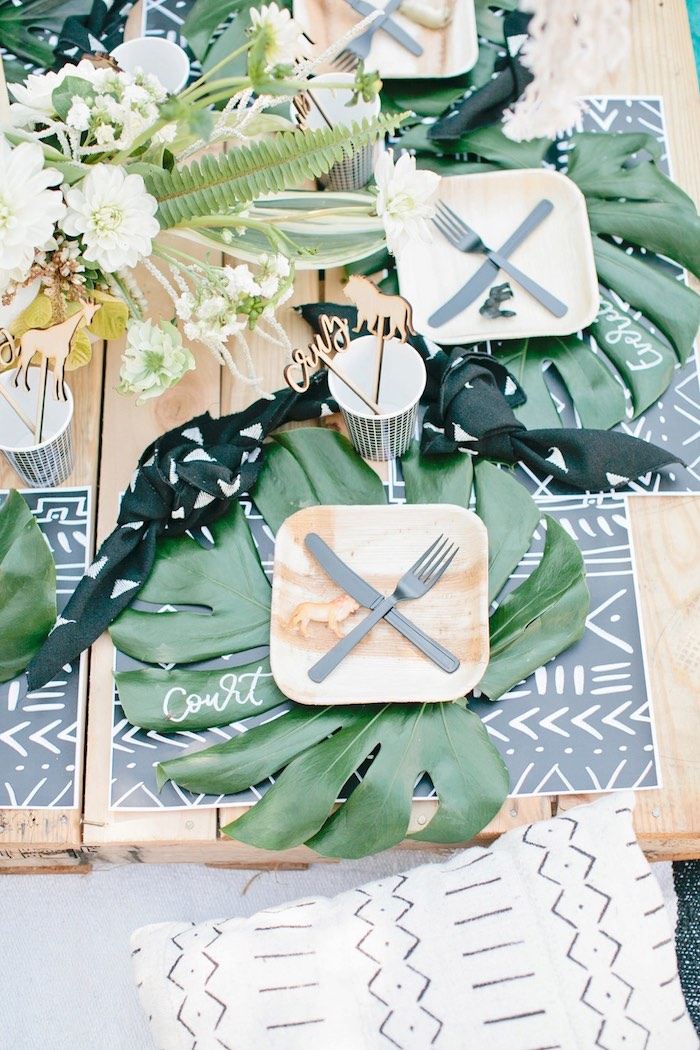 Jungle guest tabletop from a Jungle 1st Birthday Party on Kara's Party Ideas   KarasPartyIdeas.com (45)