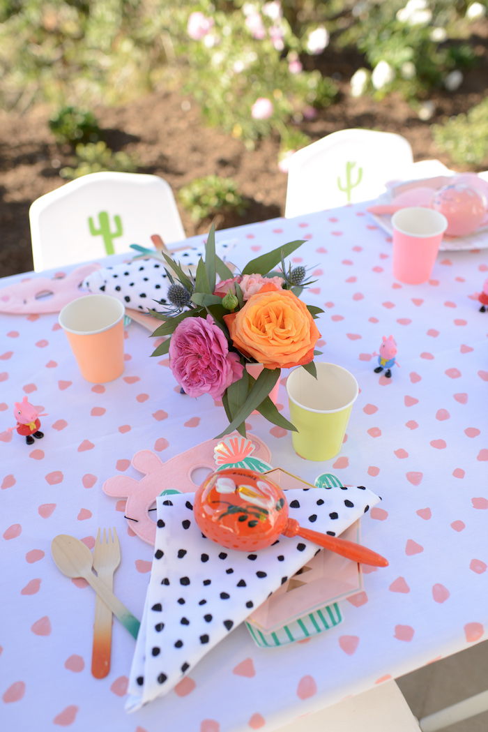 Kid table from a Peppa Pig Birthday Fiesta on Kara's Party Ideas | KarasPartyIdeas.com (8)