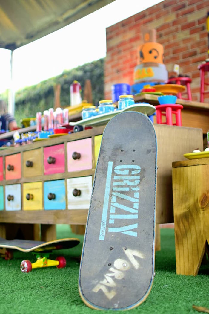 Urban Graffiti Skateboard Birthday Party on Kara's Party Ideas | KarasPartyIdeas.com (14)