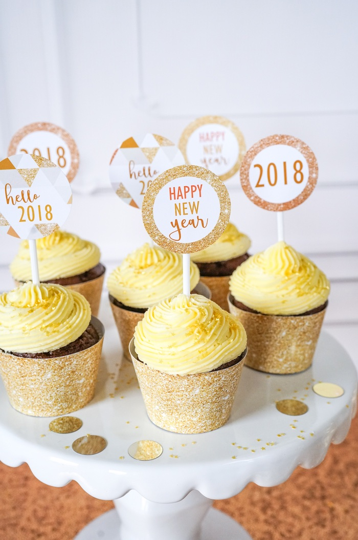 NYE Cupcakes from an Easy DIY Sparkly New Year's Eve Party on Kara's Party Ideas | KarasPartyIdeas.com (5)