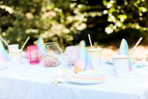 Guest tablescape from an Outdoor Ice Cream Bar Party on Kara's Party Ideas | KarasPartyIdeas.com (21)