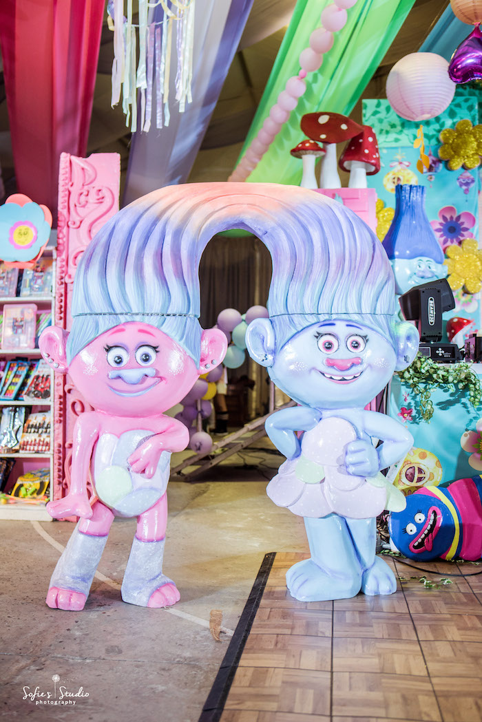 Twin Troll Standee from a Rainbow Trolls Birthday Party on Kara's Party Ideas | KarasPartyIdeas.com (5)