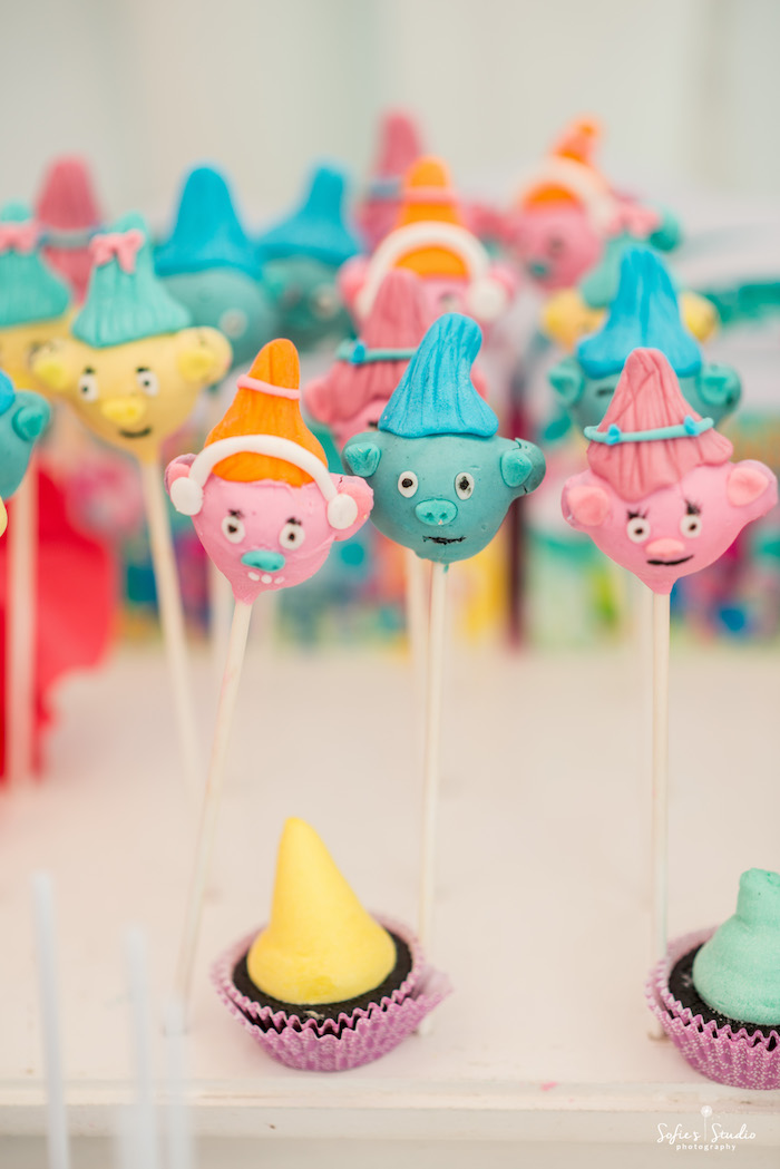 Troll cake pops from a Rainbow Trolls Birthday Party on Kara's Party Ideas | KarasPartyIdeas.com (19)