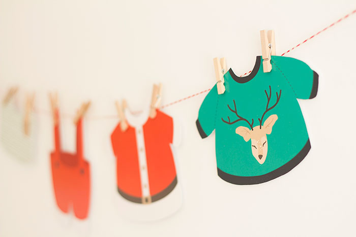 Christmas banner from a Santa's Sweet Table on Kara's Party Ideas   KarasPartyIdeas.com (19)