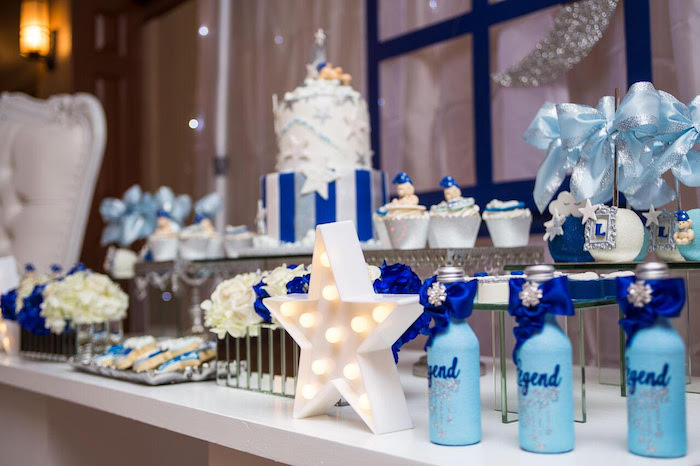 Twinkling star tablescape from a Twinkle Twinkle Little Star Baby Shower on Kara's Party Ideas | KarasPartyIdeas.com (5)