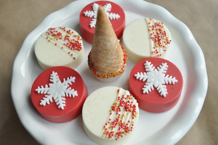 Holiday Snowflake Oreos from a Woodland Plaid Santa's Workshop Party on Kara's Party Ideas | KarasPartyIdeas.com (3)