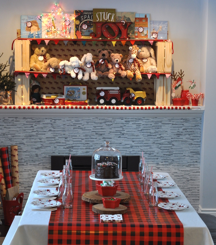 Plaid guest table from a Woodland Plaid Santa's Workshop Party on Kara's Party Ideas | KarasPartyIdeas.com (24)