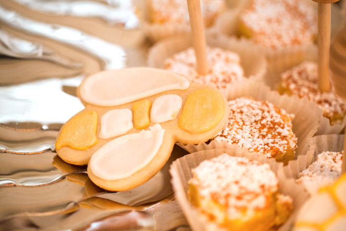 Honey Bee Cookie from a Mama to BEE Baby Shower on Kara's Party Ideas | KarasPartyIdeas.com (5)