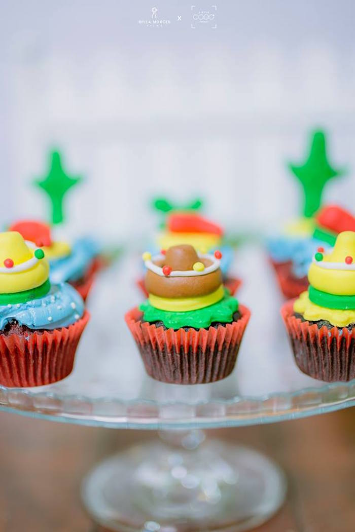 Fiesta cupcakes from a Mexican Birthday Fiesta on Kara's Party Ideas | KarasPartyIdeas.com (10)
