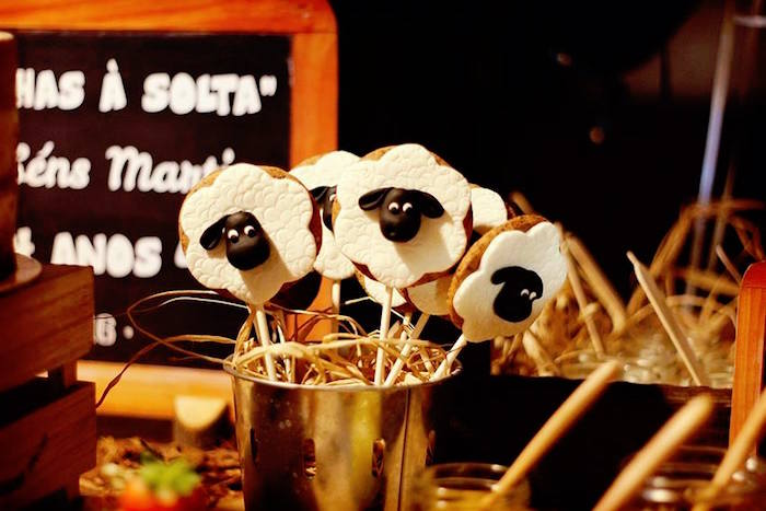 Sheep Cookie Pops from a Sheep On The Loose Western Farm Birthday Party on Kara's Party Ideas | KarasPartyIdeas.com (8)