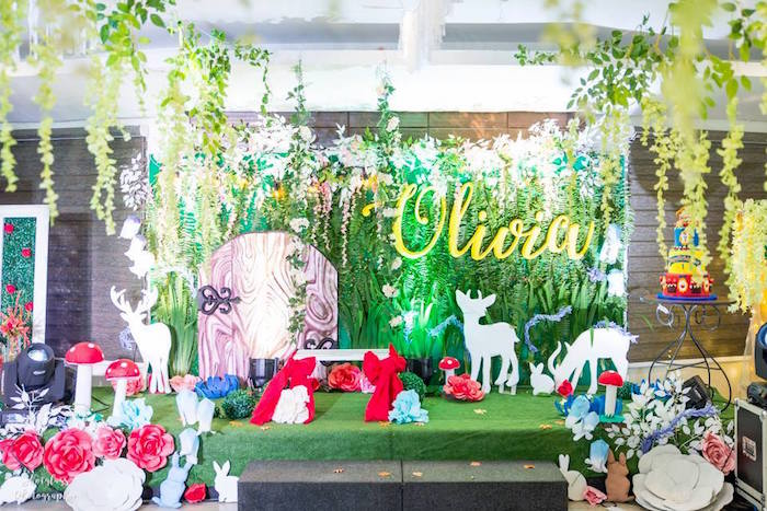 Forest backdrop from a Snow White Enchanted Forest Birthday Party on Kara's Party Ideas | KarasPartyIdeas.com (13)
