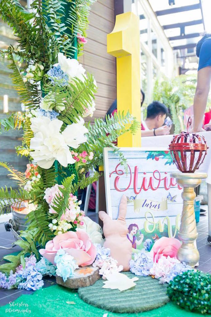 Forest decor + signage from a Snow White Enchanted Forest Birthday Party on Kara's Party Ideas   KarasPartyIdeas.com (7)